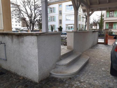 Couvertines de mur - marche d'escalier en grès