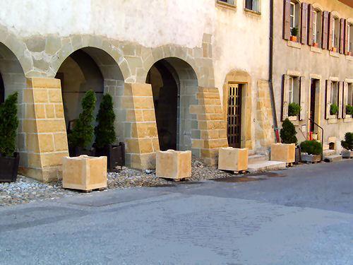 Bacs à fleurs en pierre