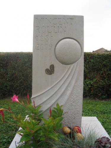 Monument funéraire pour enfant