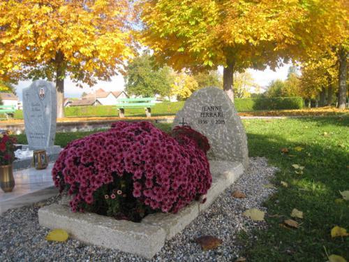 Monument funéraire en grès de la Molière